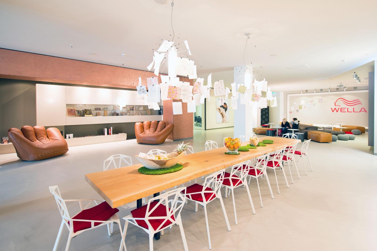 Wandgestaltung mit MIDAS Metallbeschichtung Innenausbau Architekt Mannheim